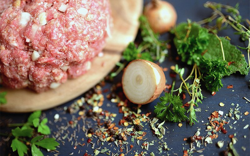 Minced meat and onions.