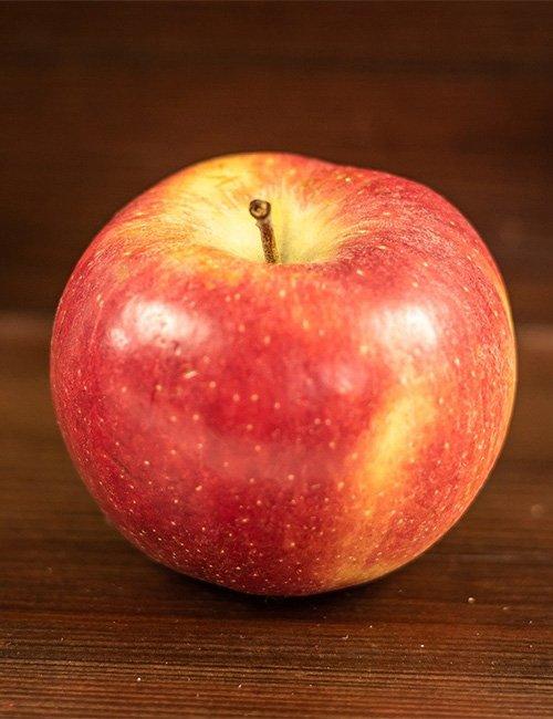 Braeburn Apple.