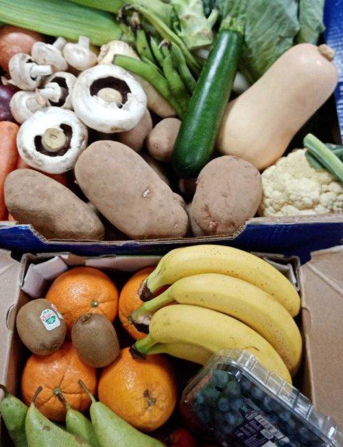 Apiary Large Fruit and Veg Box