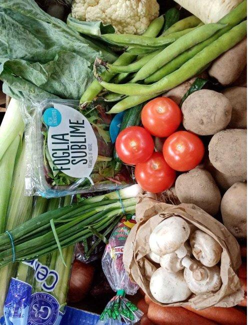 Apiary Medium Veg and Salad Box